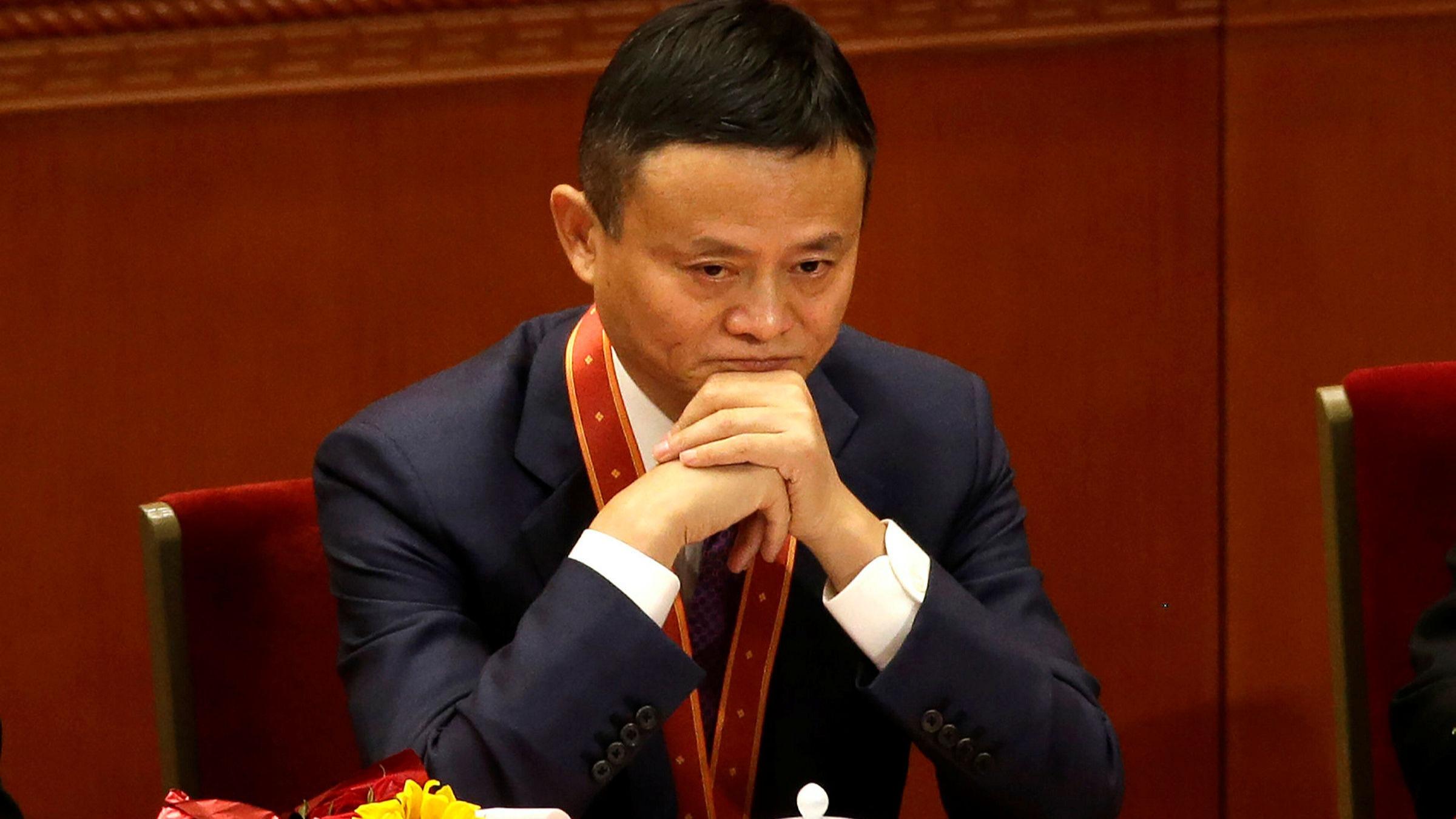 Alibaba cuoc khung hoang sinh ton anh 1