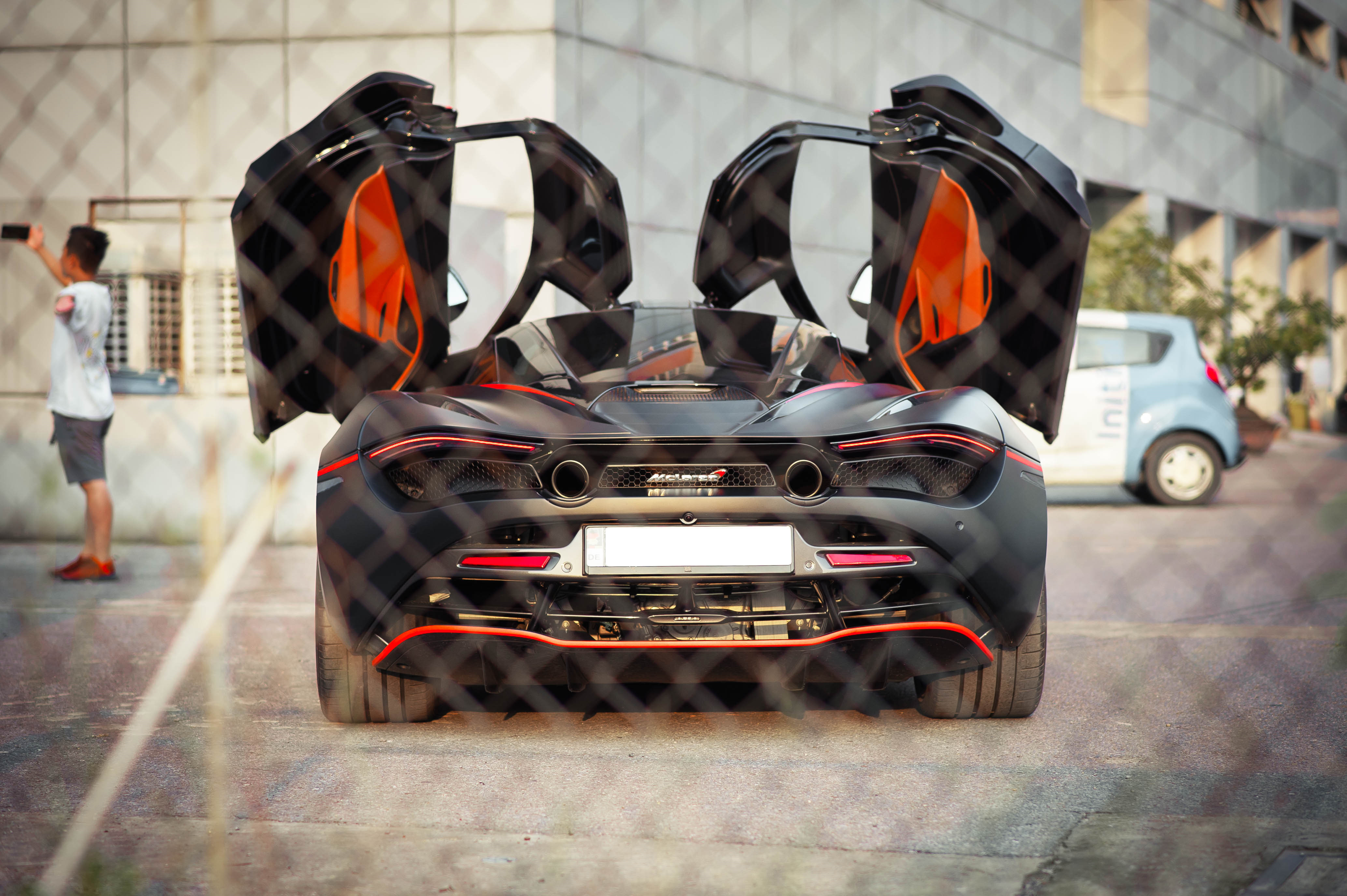 McLaren 720S dau tien ve VN rao 11 ty, ha nua gia sau 2 nam lan banh hinh anh 9