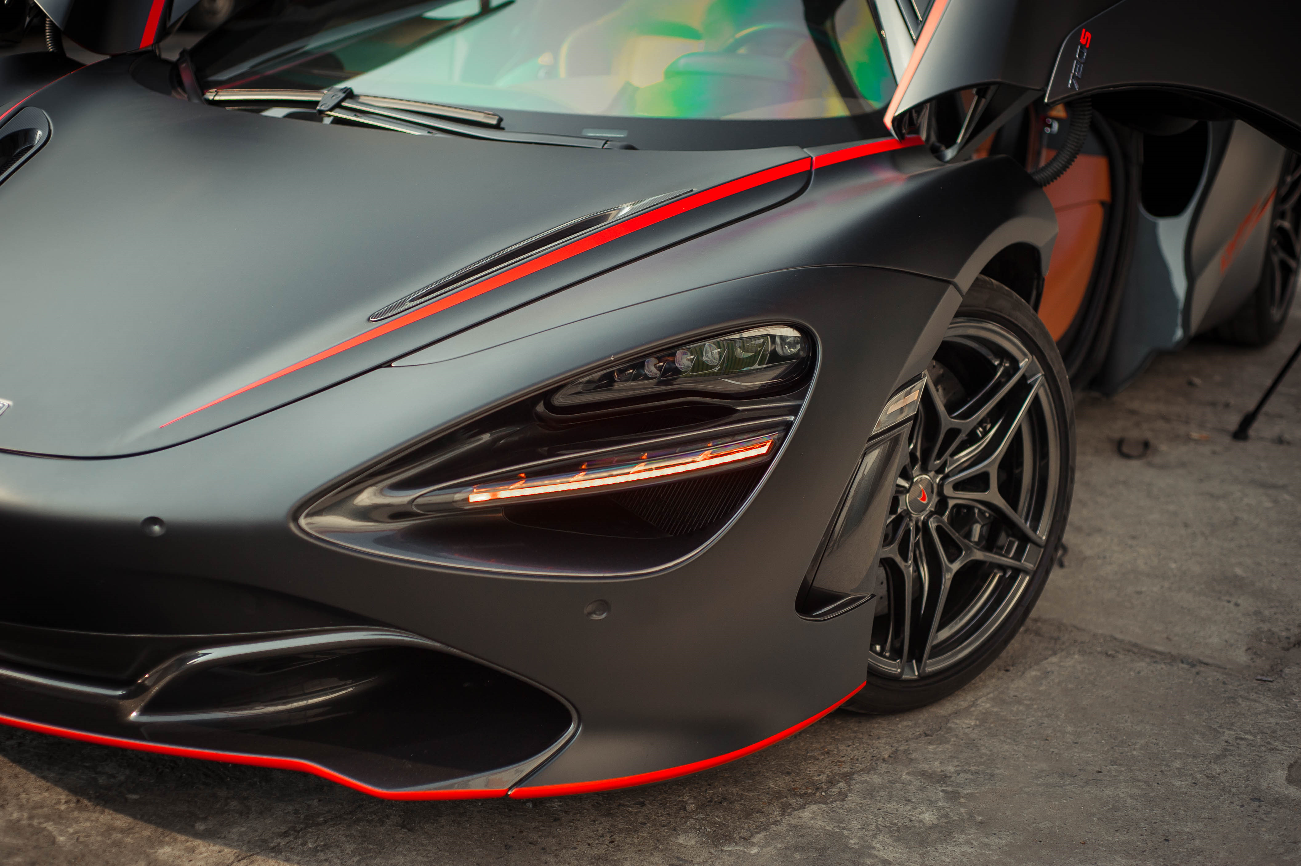 McLaren 720S dau tien ve VN rao 11 ty, ha nua gia sau 2 nam lan banh hinh anh 21