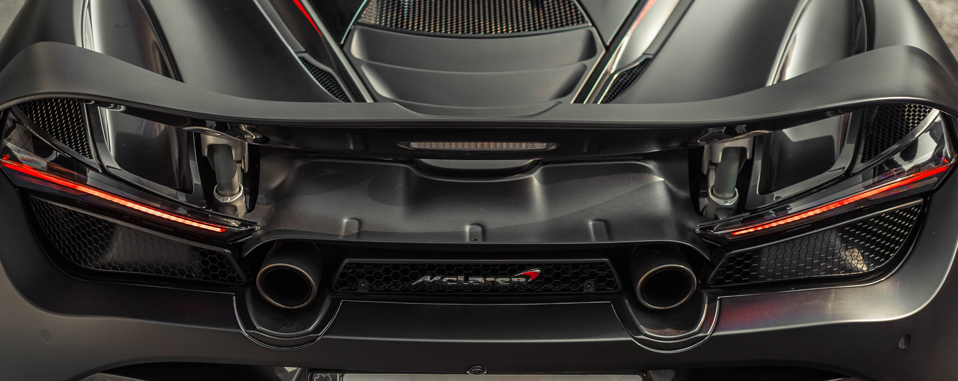 McLaren 720S dau tien ve VN rao 11 ty, ha nua gia sau 2 nam lan banh hinh anh 19