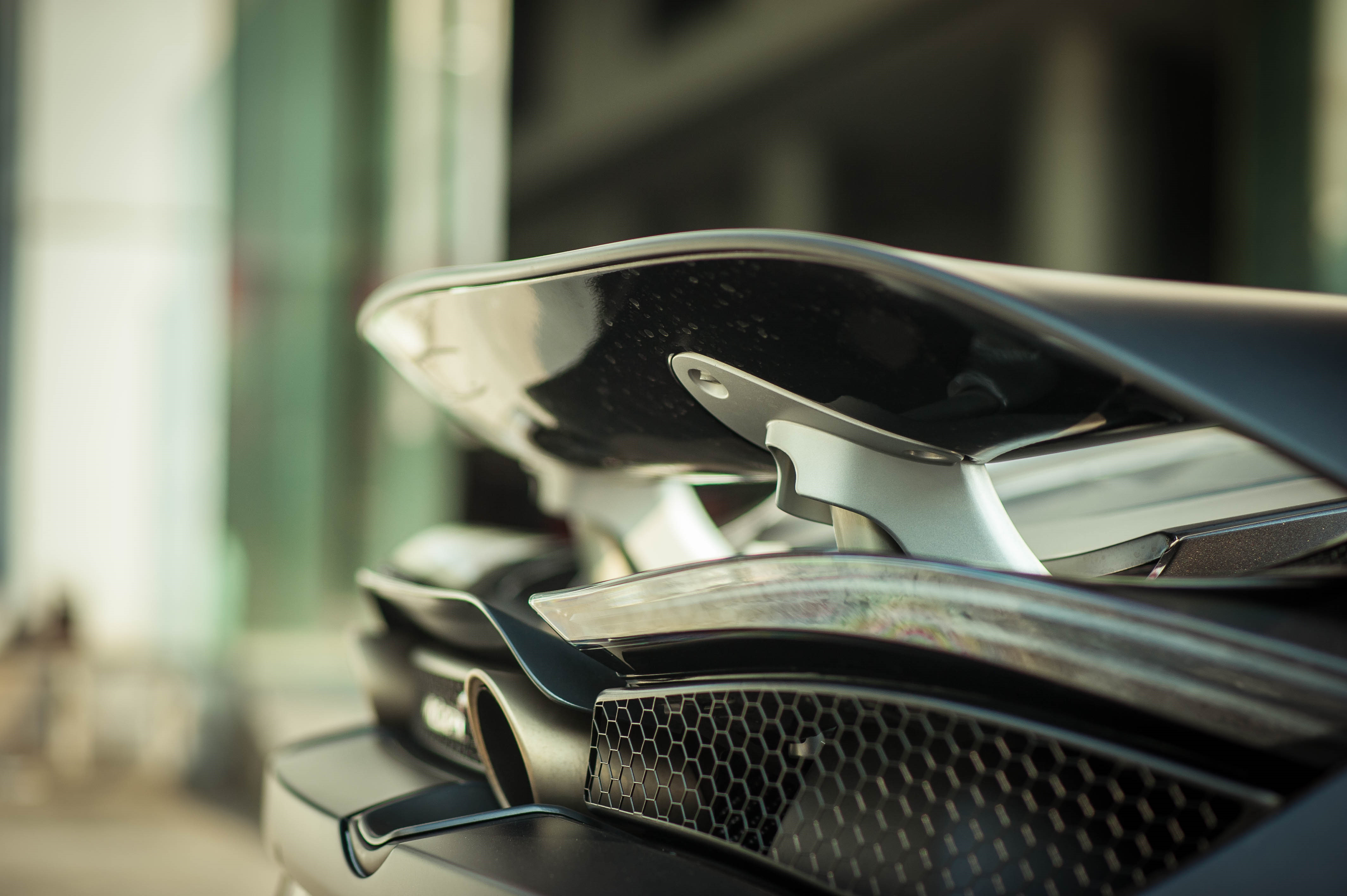 McLaren 720S dau tien ve VN rao 11 ty, ha nua gia sau 2 nam lan banh hinh anh 14