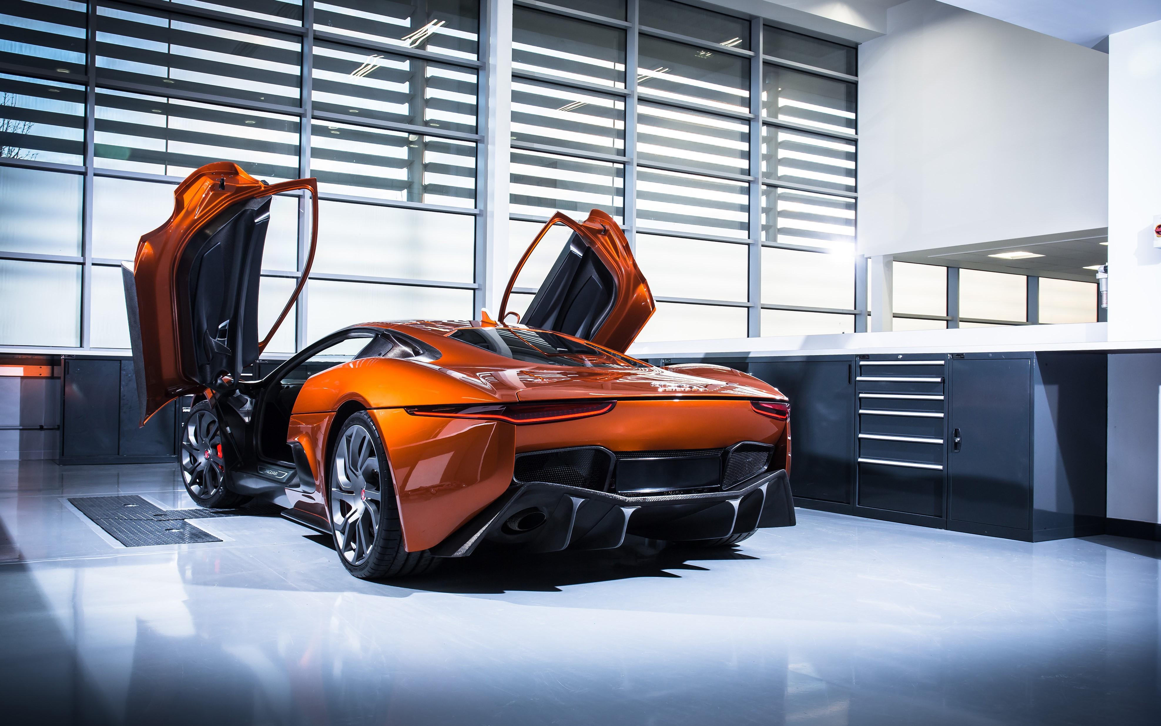 Sieu xe Jaguar C-X75 trong phim James Bond gia 1,2 trieu USD hinh anh 3