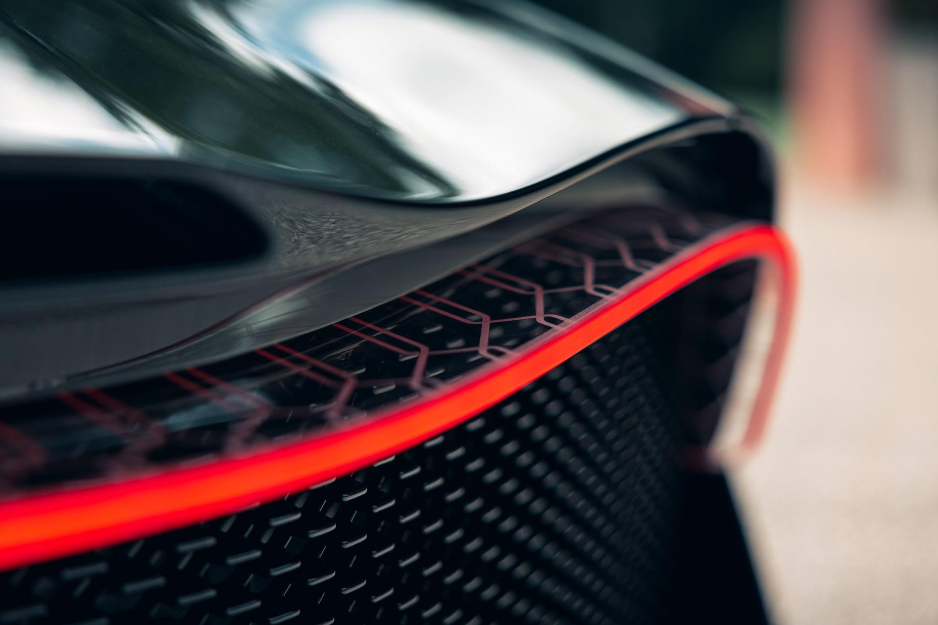 Bugatti La Voiture Noire duoc giao cho khach hang anh 9
