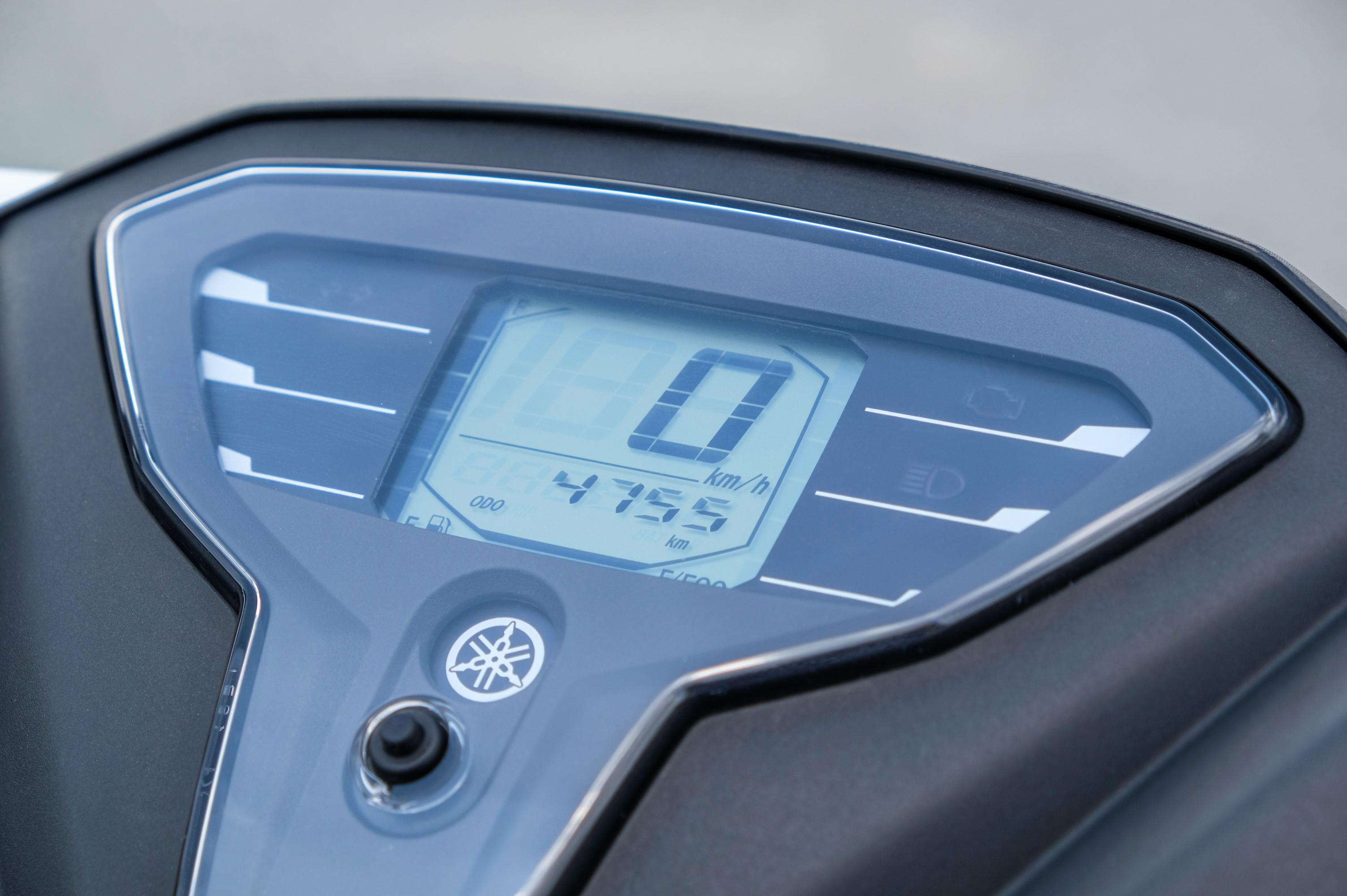 So sanh Honda Air Blade 150 va Yamaha FreeGo S anh 9