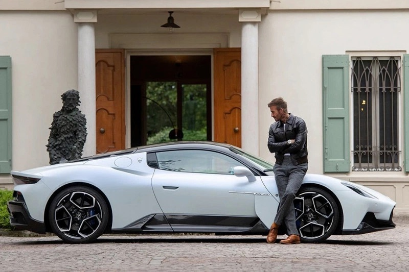 David Beckham xuat hien cung sieu xe hang hiem Maserati MC20 anh 2