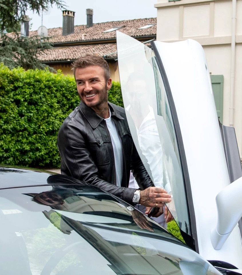 David Beckham xuat hien cung sieu xe hang hiem Maserati MC20 anh 1