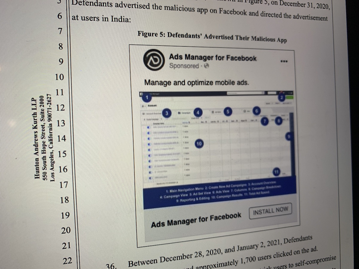Facebook kien 4 nguoi Viet anh 1