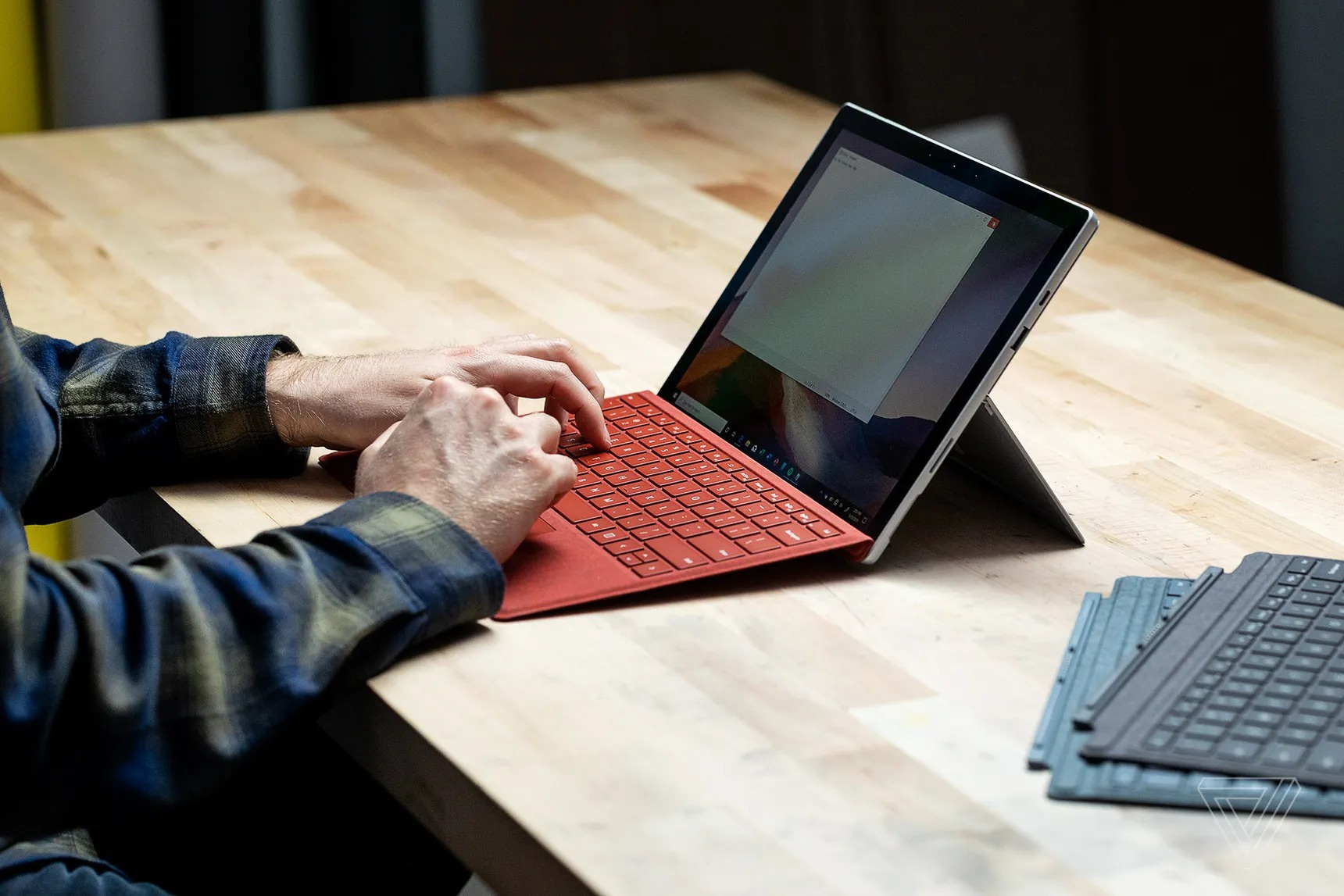 Tai sao webcam laptop xau te va cach khac phuc? anh 4