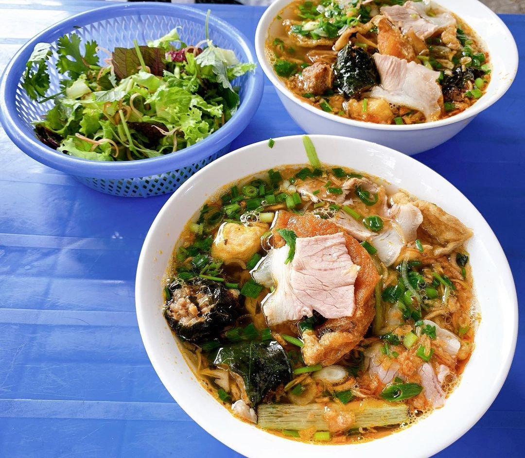 chuyen food tour Hai Phong anh 1