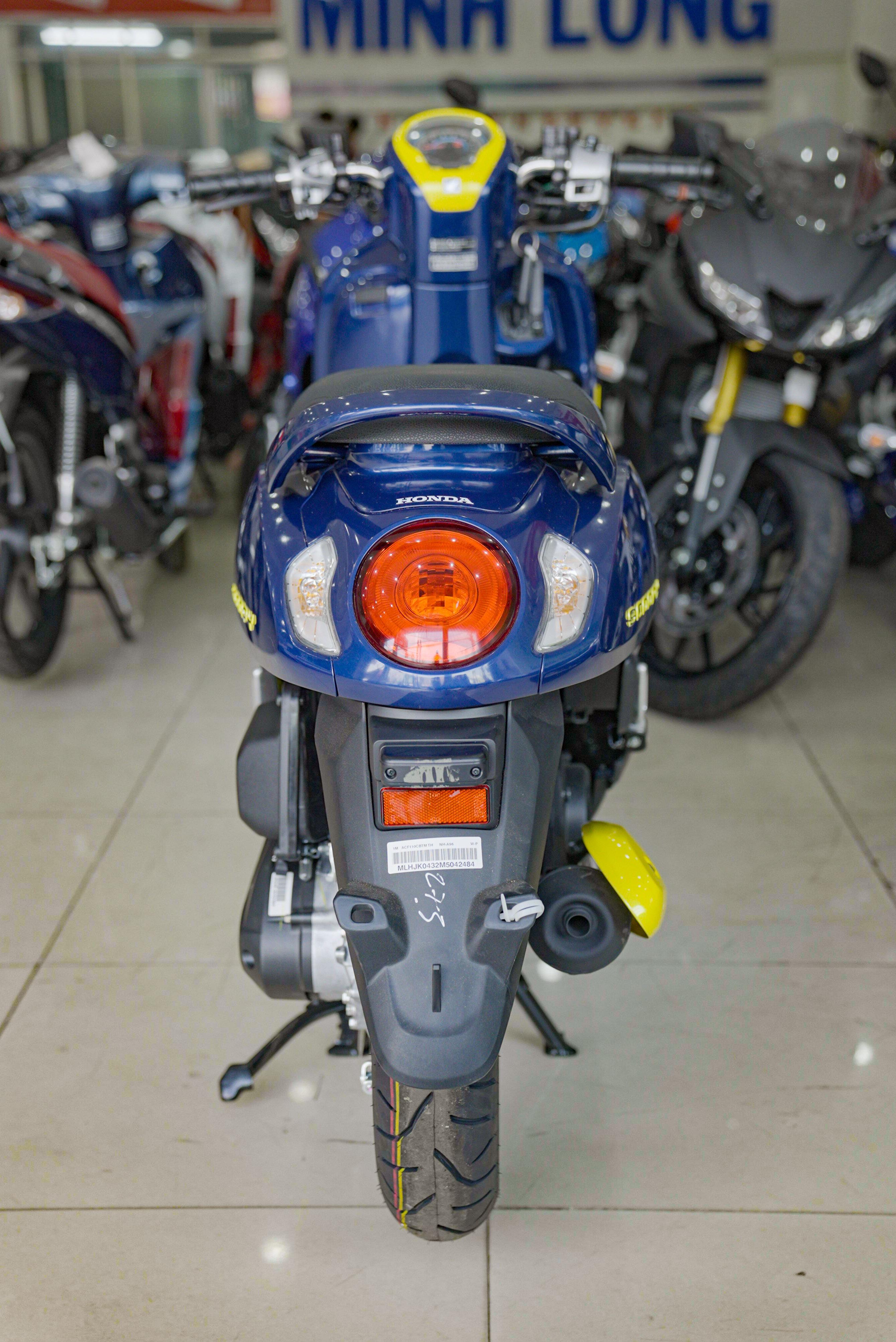 So sanh Honda Scoopy 2021 va Yamaha Janus anh 17