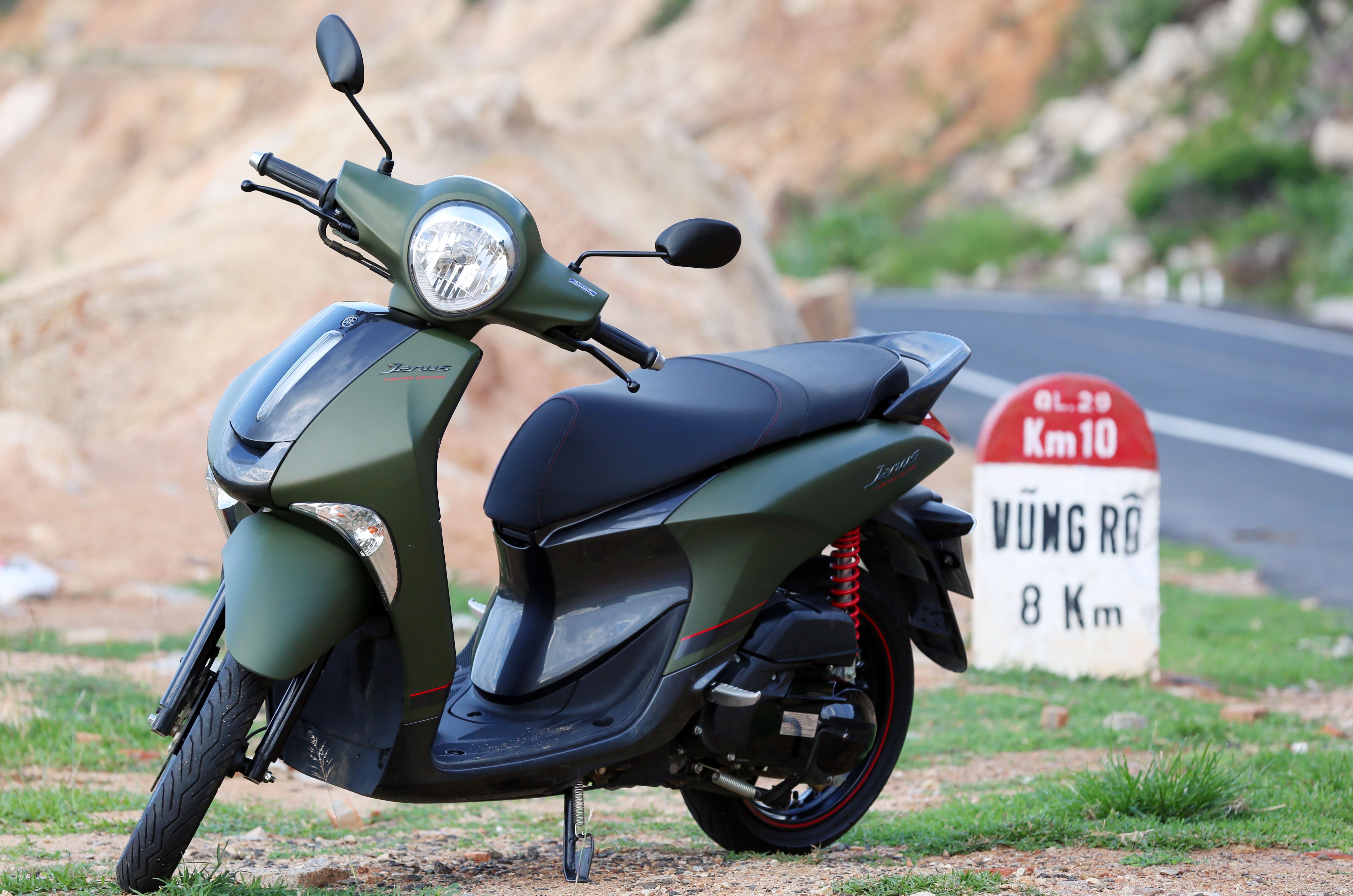 So sanh Honda Scoopy 2021 va Yamaha Janus anh 2