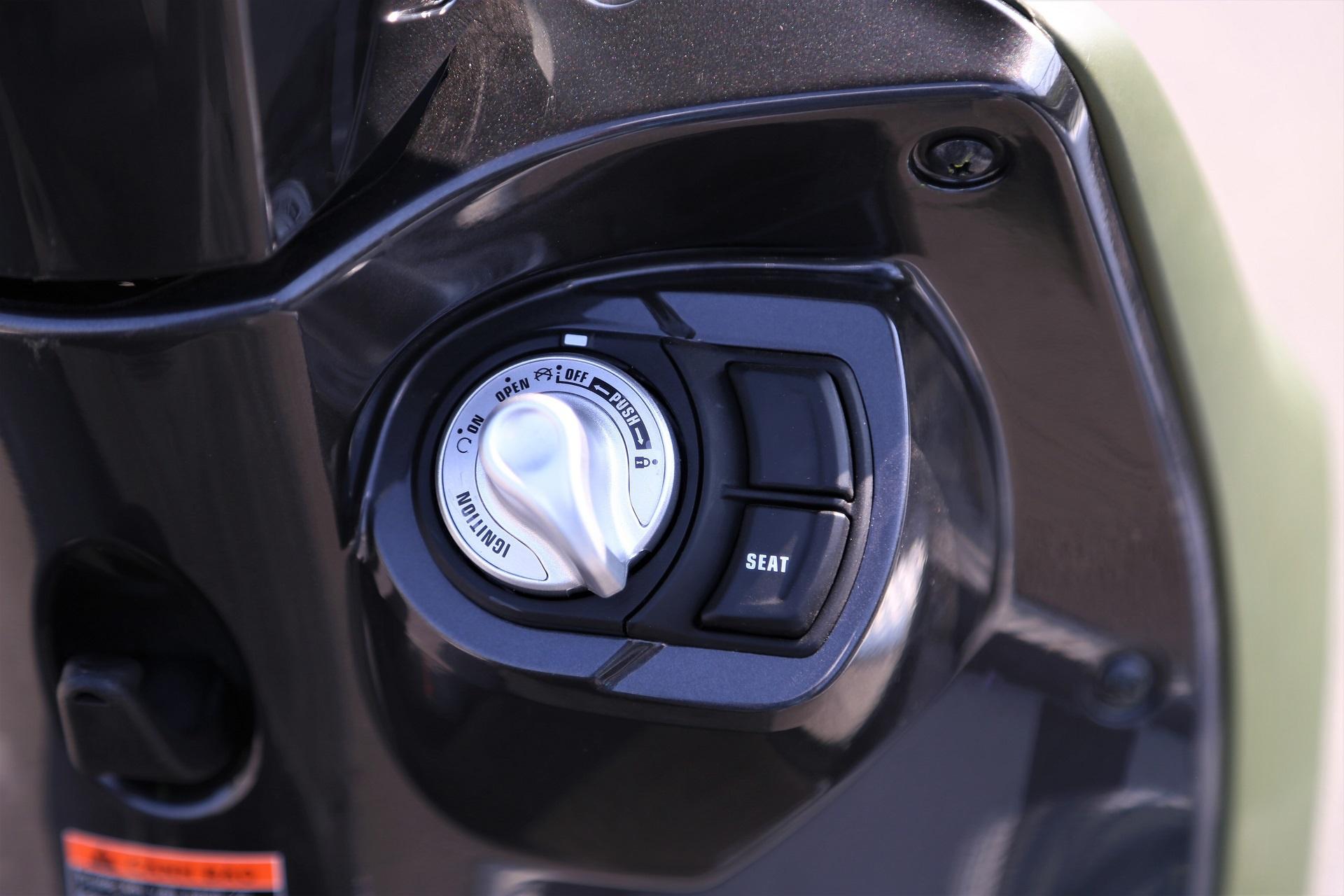 So sanh Honda Scoopy 2021 va Yamaha Janus anh 13