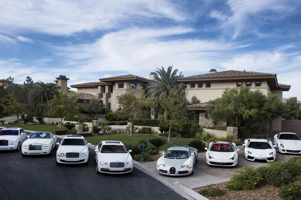 Floyd Mayweather mua 9 chiec xe tri gia 1 trieu USD anh 2