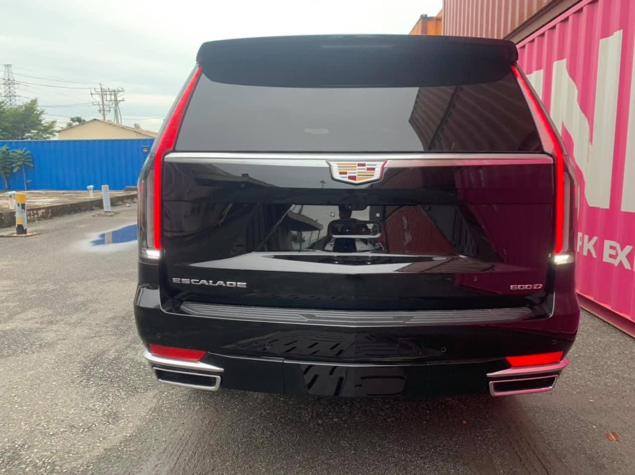 Cadillac Escalade 2021 dau tien ve Viet Nam anh 6