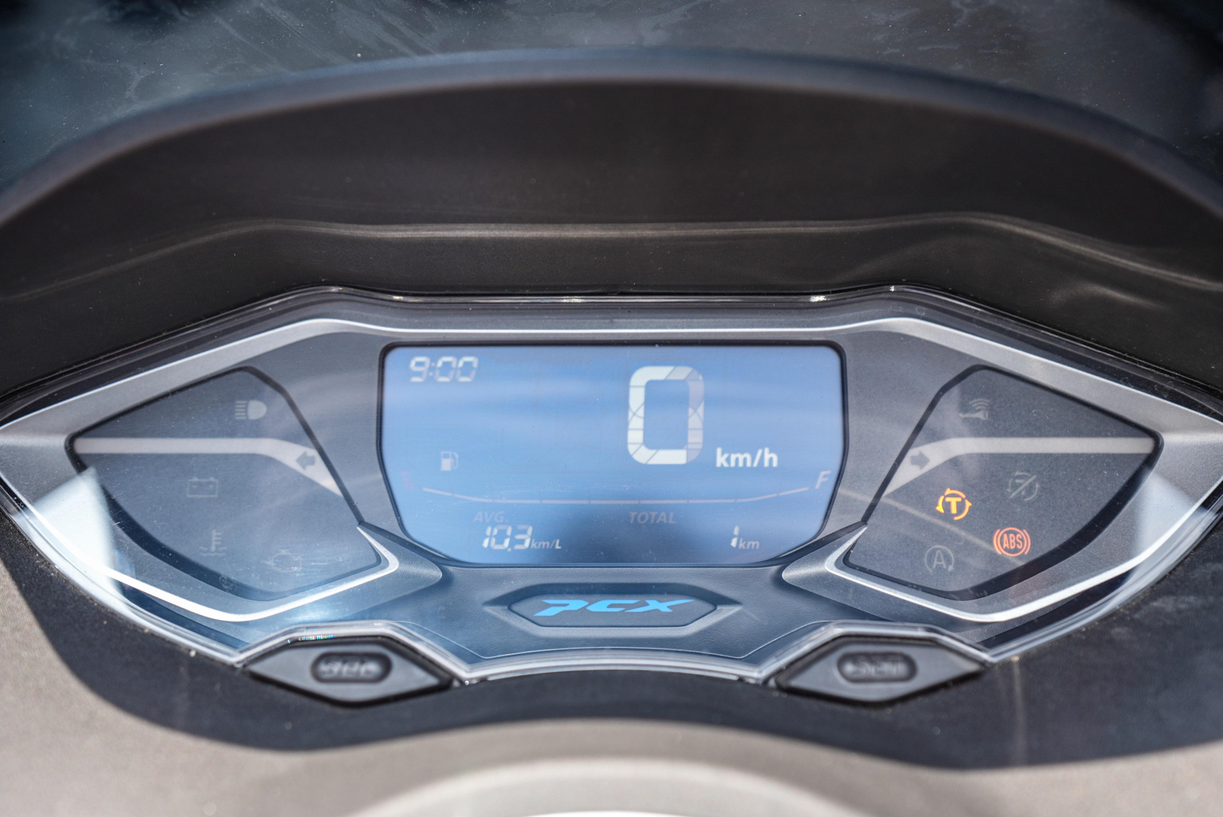 xe-Honda PCX-160-gia-88-trieu-dong-03