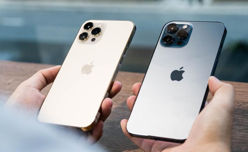 Nhieu mau iPhone chinh hang khan hang anh 1