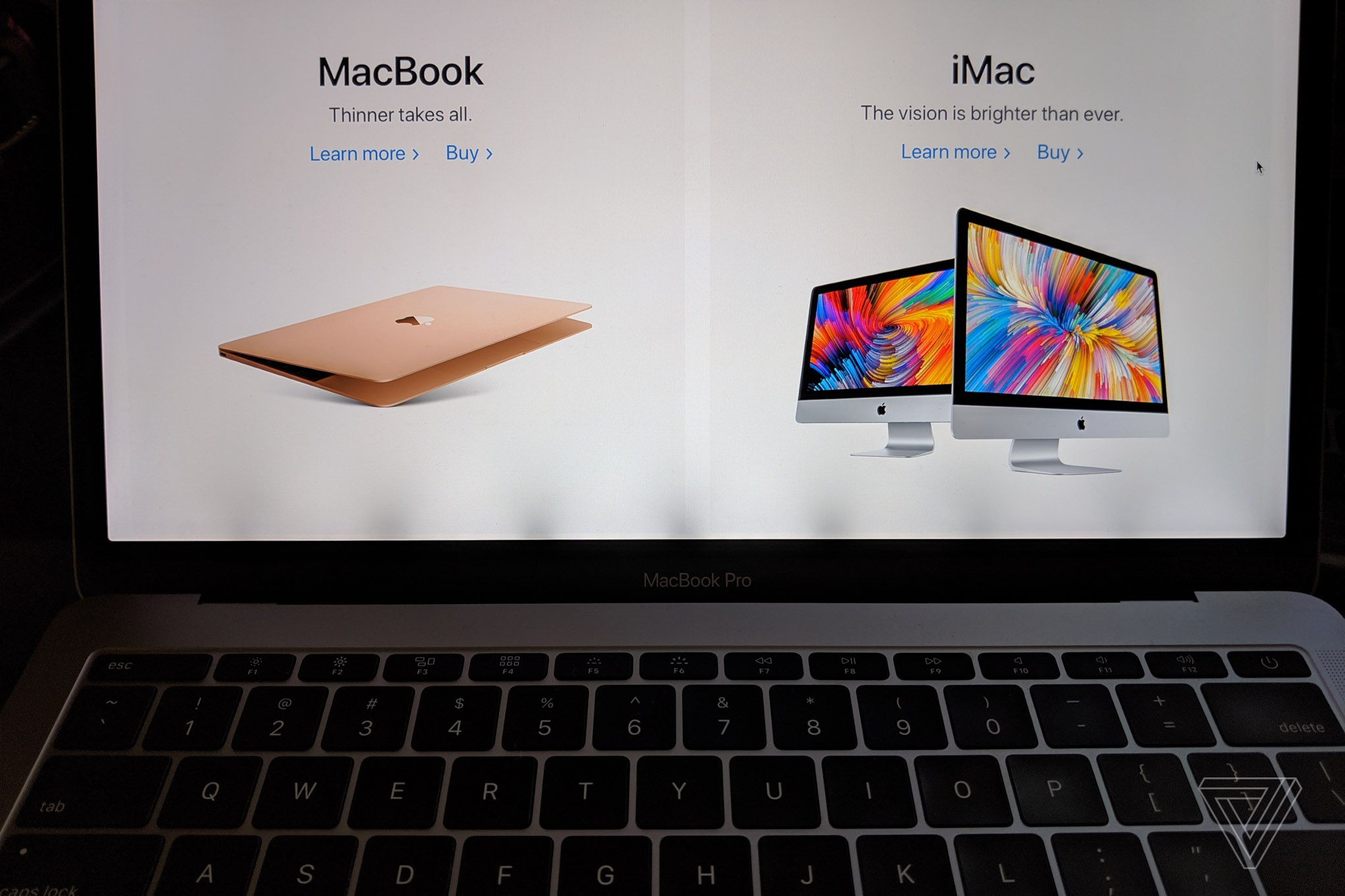 Apple ban MacBook Pro loi anh 1