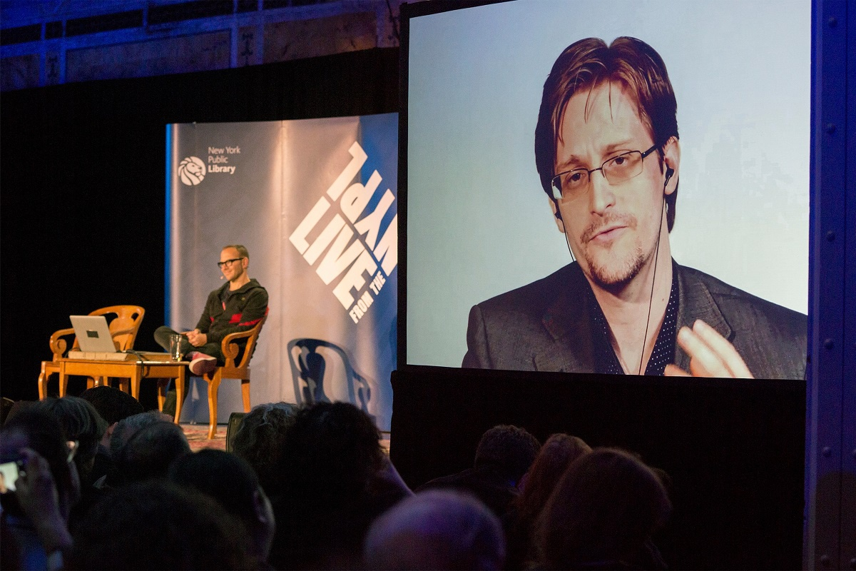 anh NFT cua Edward Snowden anh 1