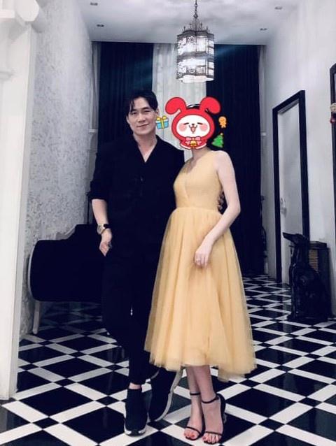 Khanh Phuong cong khai ban gai anh 1