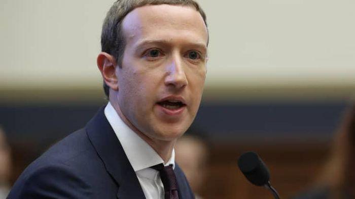Tim Cook nhan dinh cuoc chien Apple - Facebook anh 2