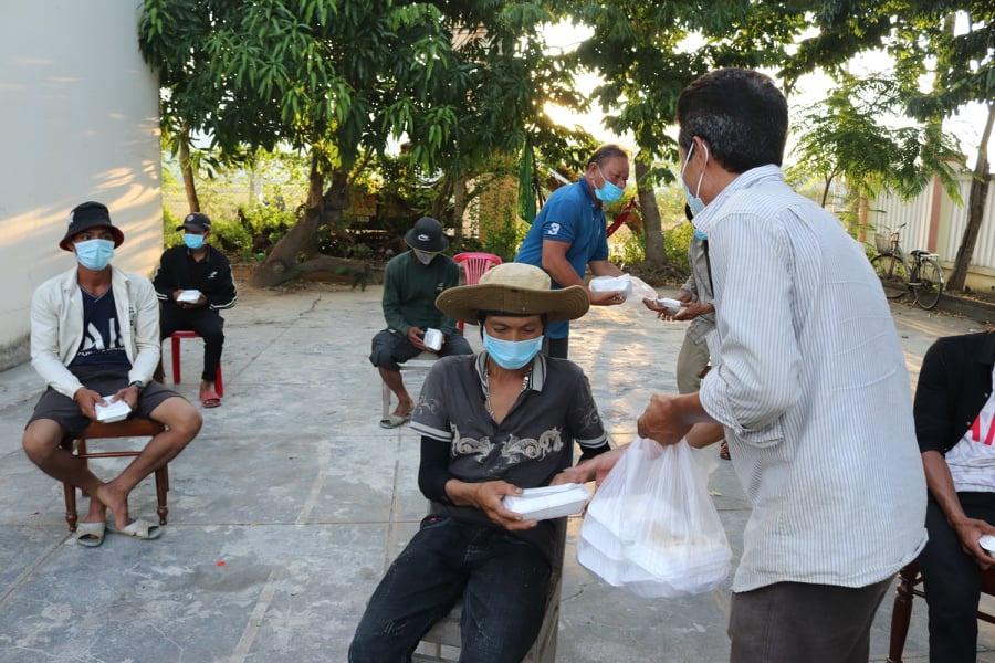 Lao dong ngheo o Quang Ngai anh 1