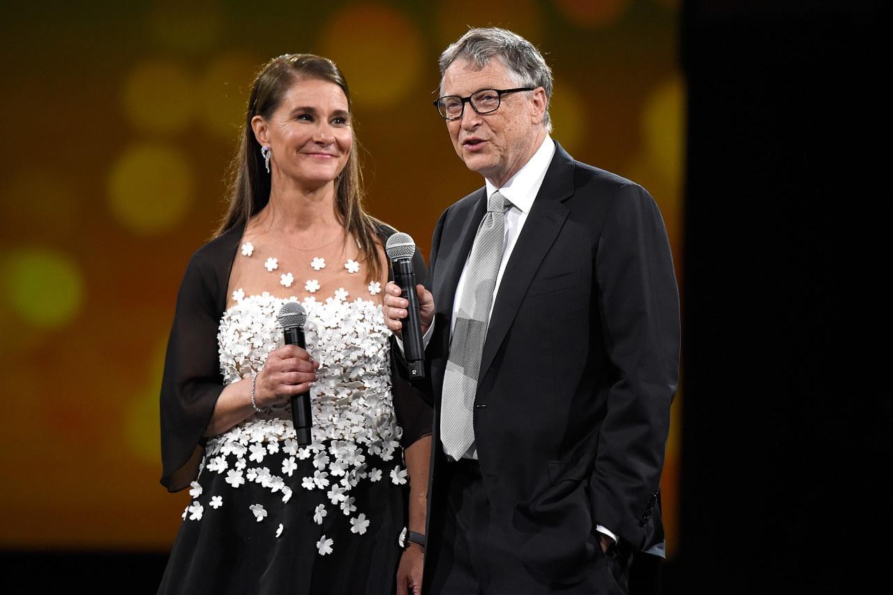 Bill Gates tam su sau cuoc ly hon anh 1