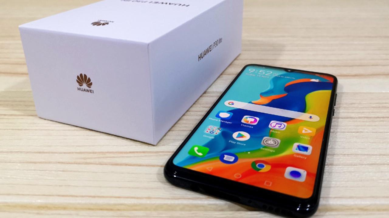 Huawei muon hoc theo Apple bao ve moi truong anh 1