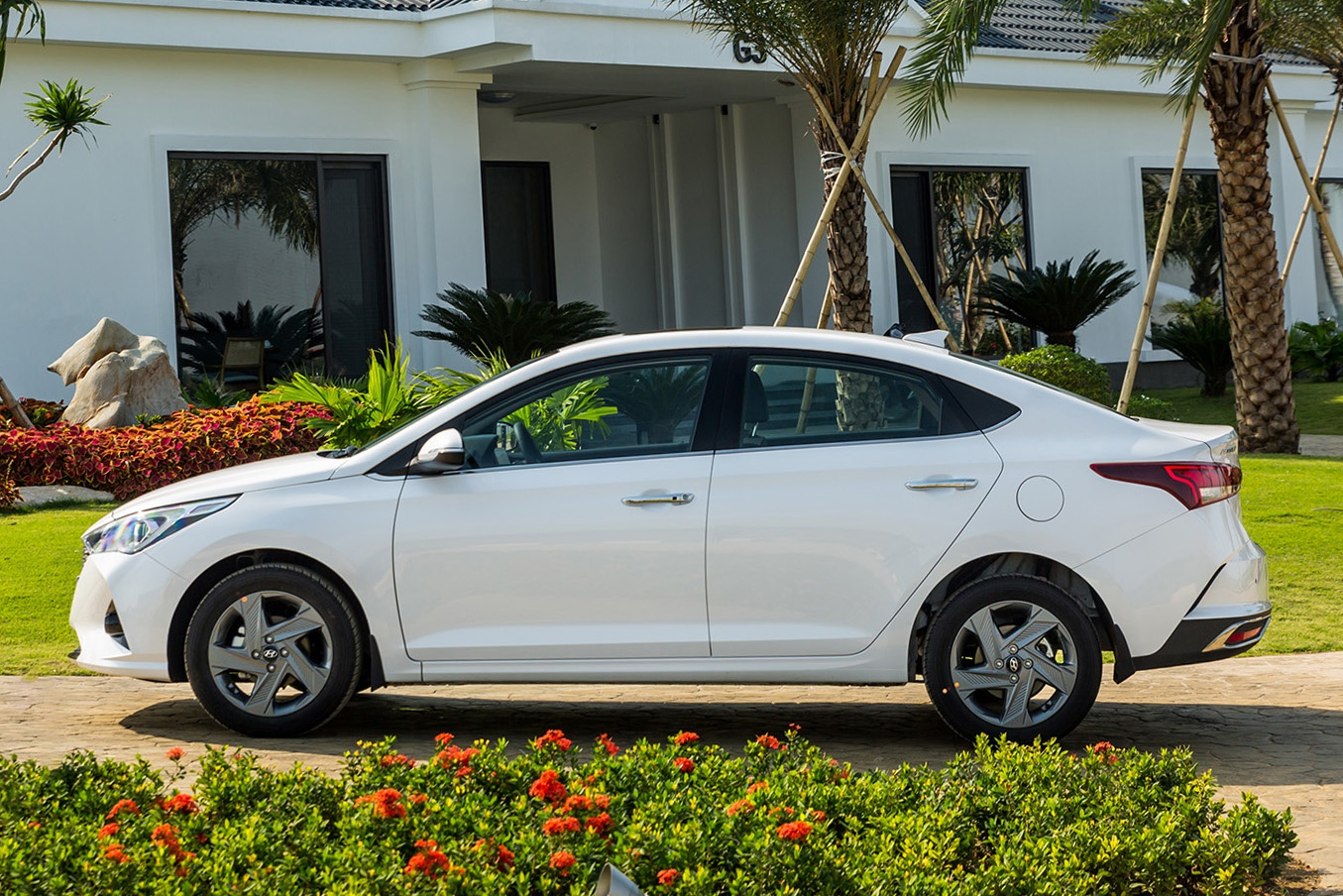 so sanh Hyundai Accent va Toyota Vios 2021 anh 4