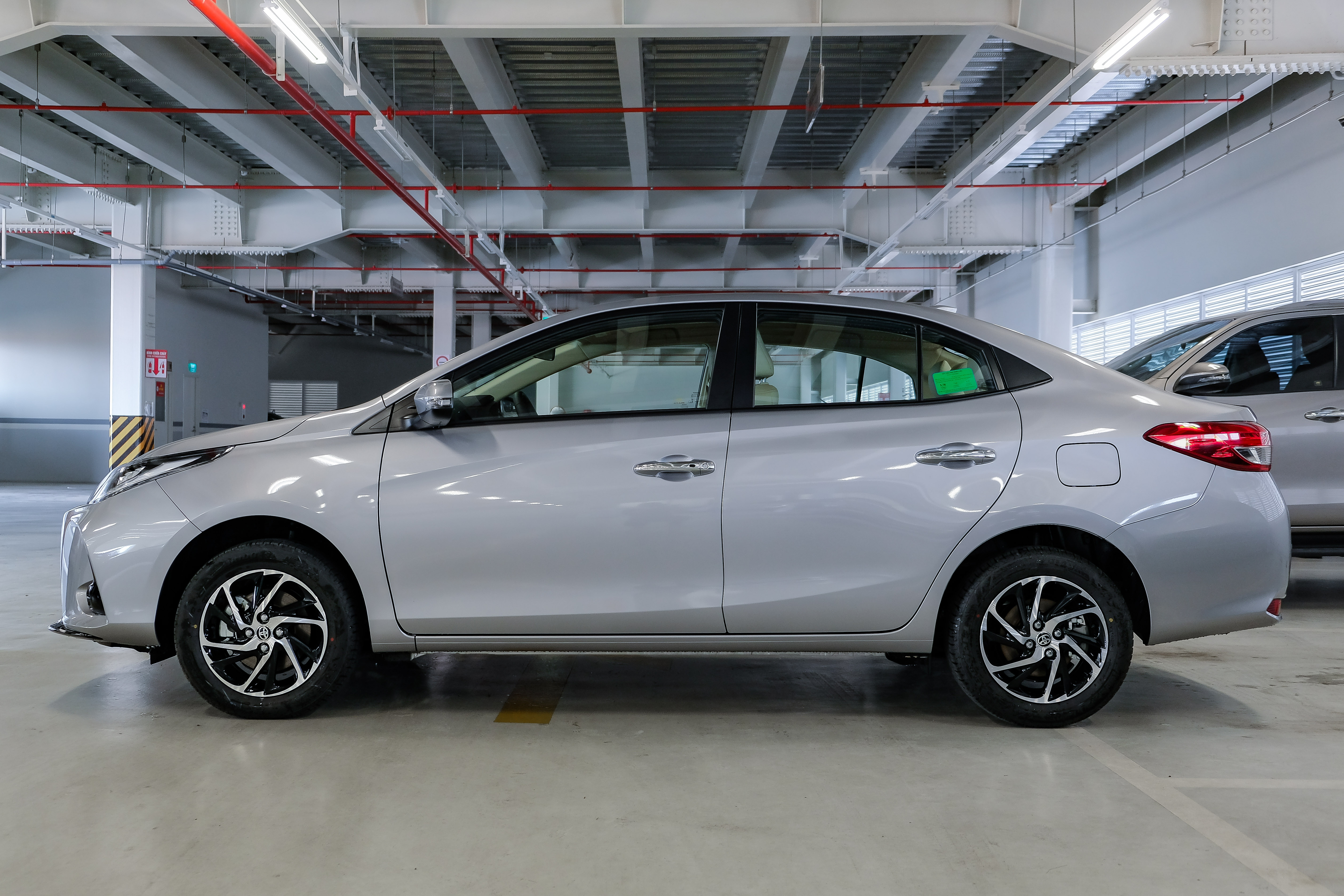 so sanh Hyundai Accent va Toyota Vios 2021 anh 5
