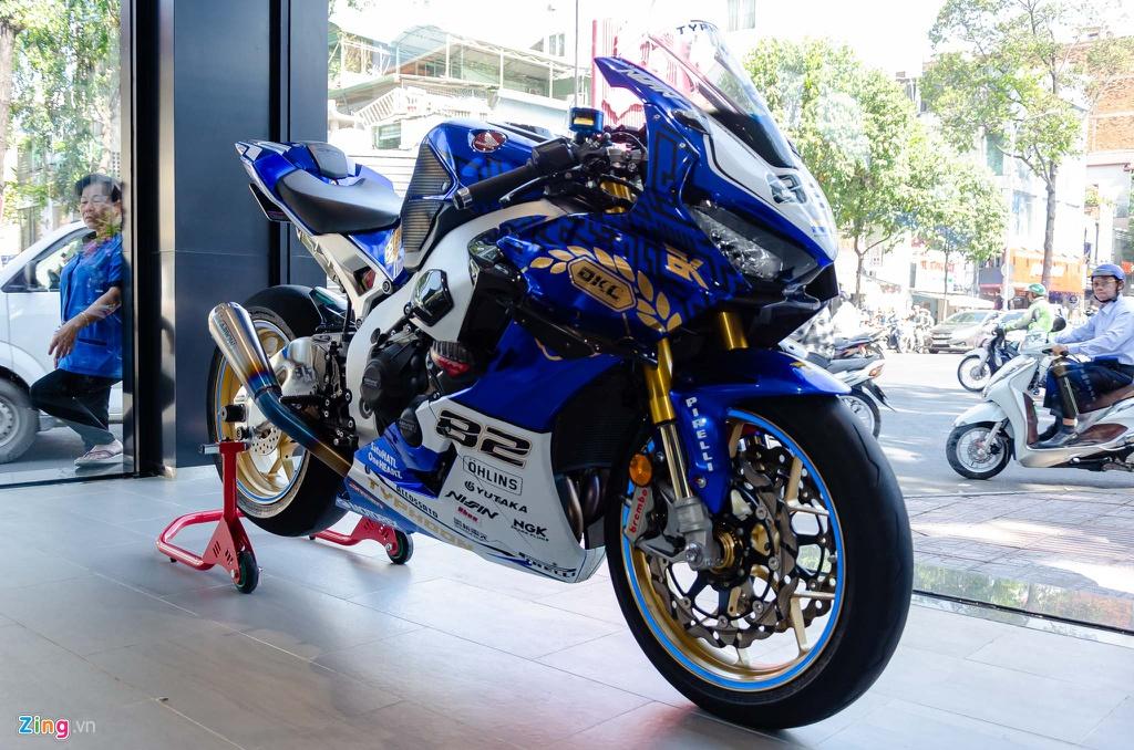 Loat moto doc quy tu tai TP.HCM tranh ngoi vuong xe do hinh anh 8 Honda_CBR1000R_SP_Zing_20_.jpg