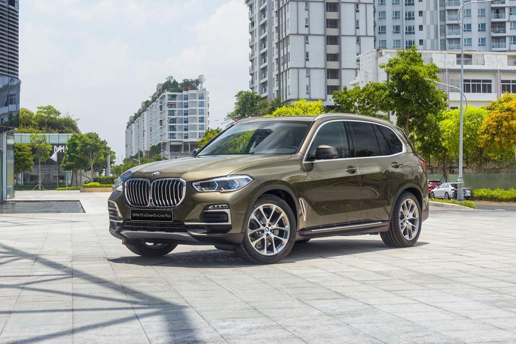 Chon Mercedes-Benz GLE hay BMW X5 khi mua SUV 7 cho hang sang? hinh anh 2 BMW_X5_2020_6_.jpg