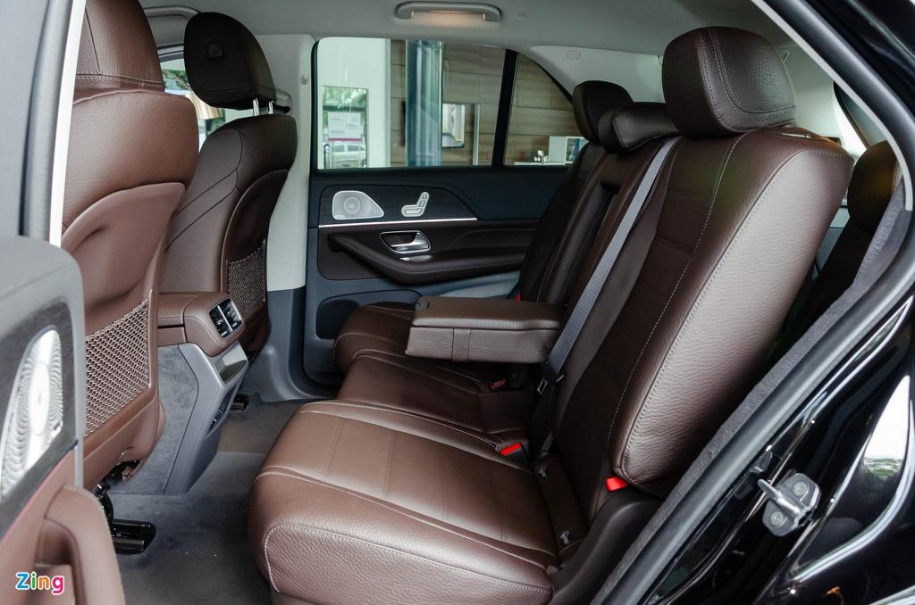 Chon Mercedes-Benz GLE hay BMW X5 khi mua SUV 7 cho hang sang? hinh anh 9 Mercedes_GLE_2019_Zing_24_.jpg