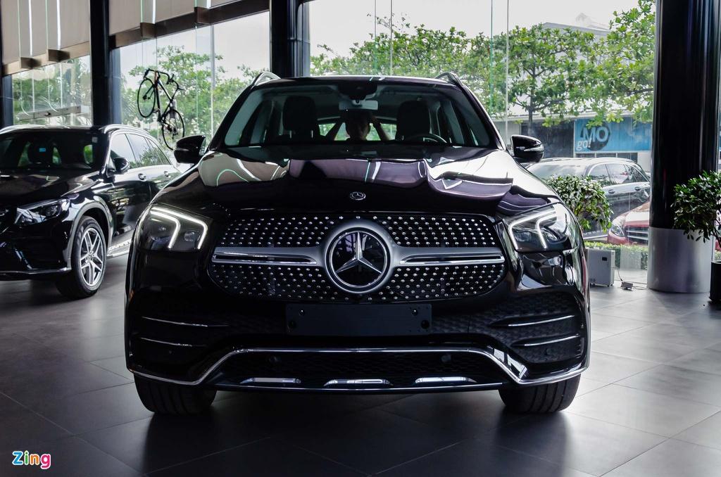 Chon Mercedes-Benz GLE hay BMW X5 khi mua SUV 7 cho hang sang? hinh anh 17 Mercedes_GLE_2019_Zing_2_.jpg