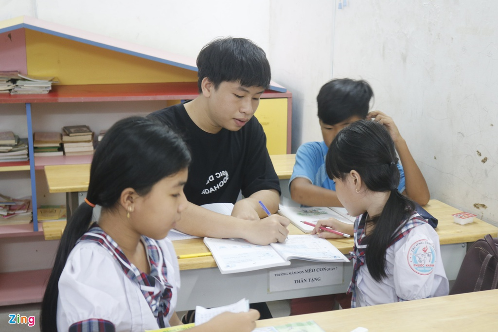 Lop hoc tinh thuong cua thay giao 9X o TP.HCM hinh anh 9 7_zing_min.JPG
