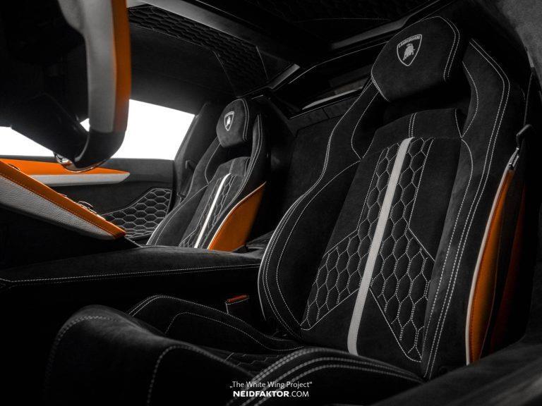 Tan trang Lamborghini Aventador Roadster, ton ngang 1 chiec oto moi hinh anh 2