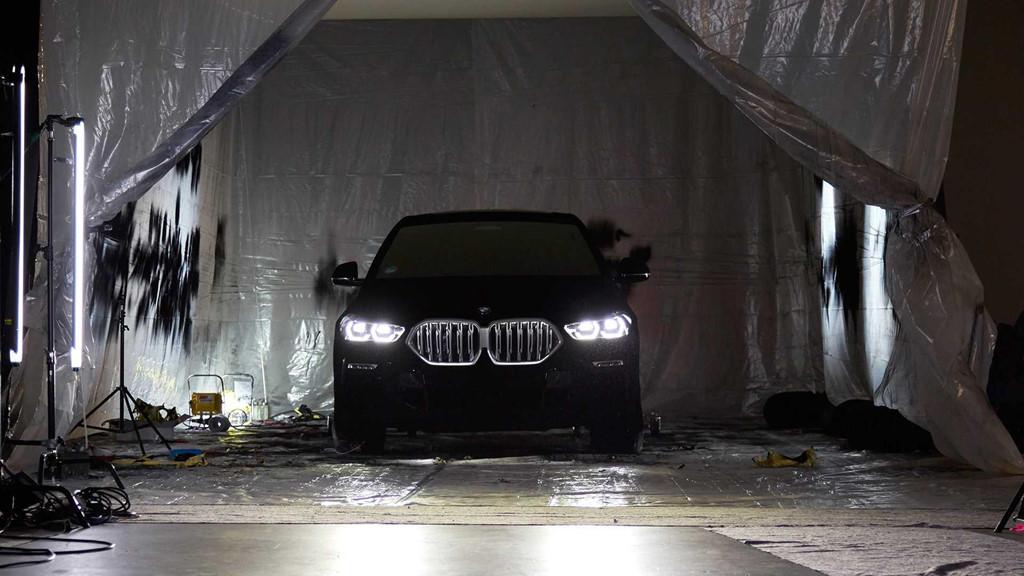 BMW X6 ban dac biet so huu mau son toi nhat the gioi hinh anh 5