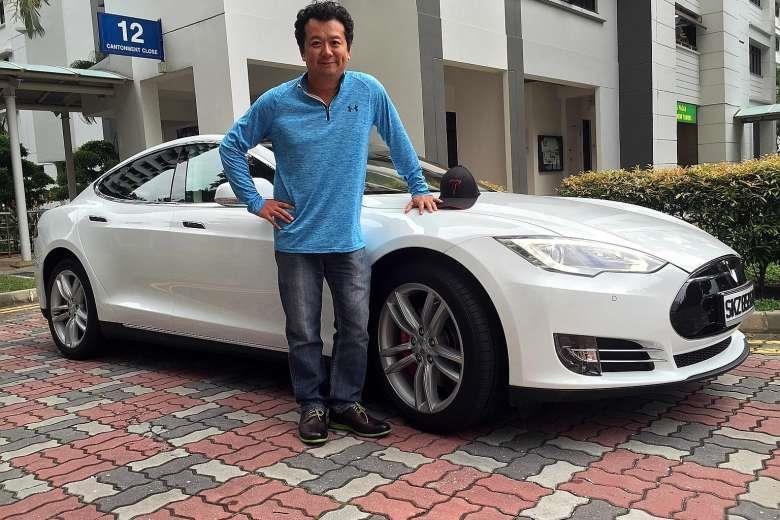Xe dien cua Tesla 'khong co cua' o Singapore hinh anh 3