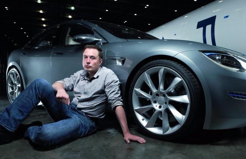 Xe dien cua Tesla 'khong co cua' o Singapore hinh anh 5