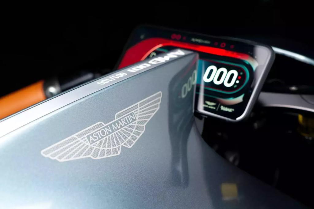 Sieu moto 120.000 USD cua Aston Martin co gi? hinh anh 8