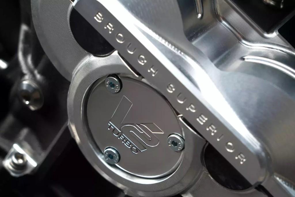 Sieu moto 120.000 USD cua Aston Martin co gi? hinh anh 6