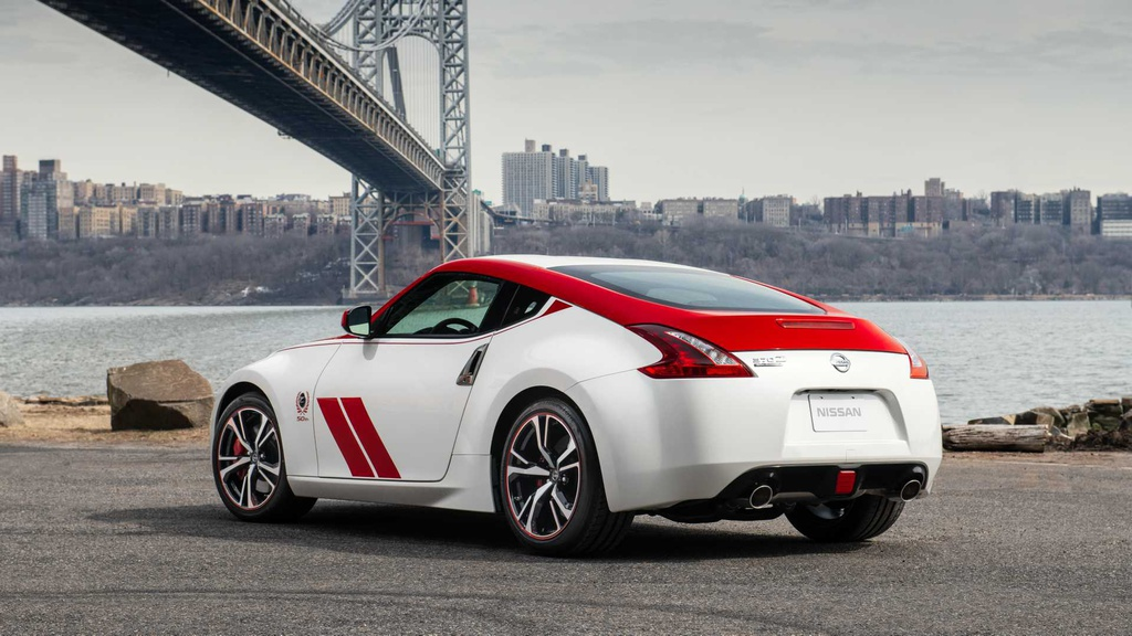Loat xe gay that vong nhat 2019 hinh anh 37 2020_nissan_370z_50th_anniversary_6.jpg