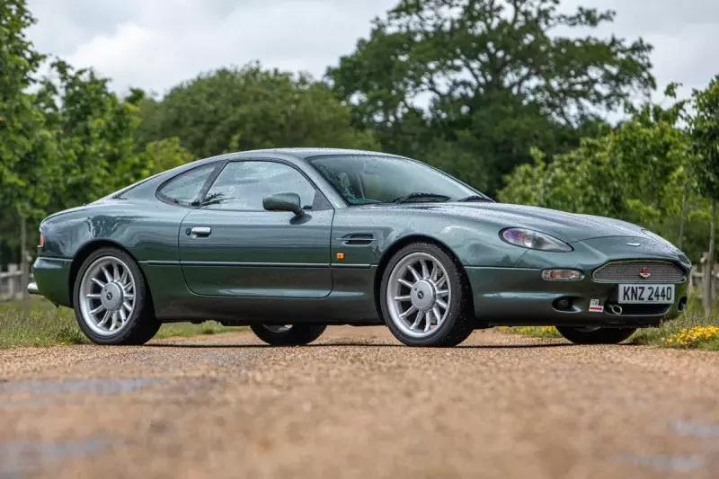 Nhung mau oto cuu nha san xuat thoat khoi canh pha san hinh anh 16 Aston_Martin_DB7.jpg
