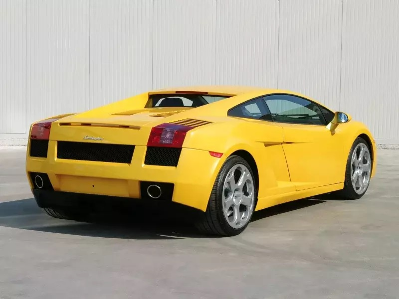 Nhung mau oto cuu nha san xuat thoat khoi canh pha san hinh anh 18 Lamborghini_Gallardo_1.jpg