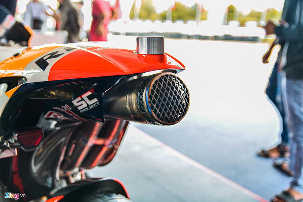 Chi tiet Honda RC213V tri gia 2 trieu USD ma Marc Marquez tung cam lai hinh anh 10