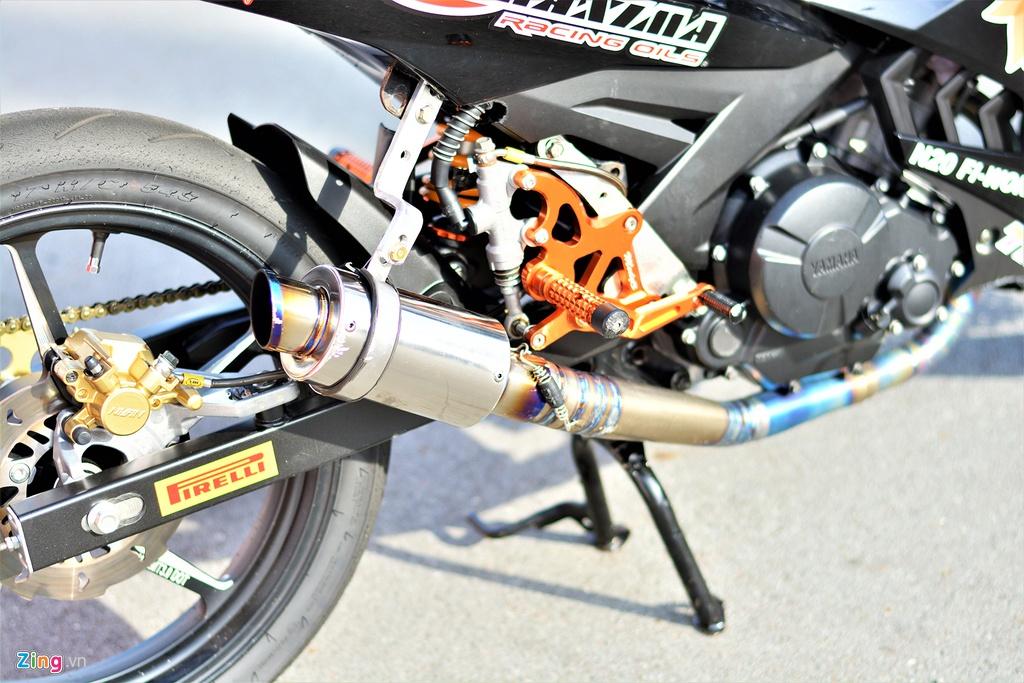 Yamaha Exciter 150 thay doi ra sao de bien thanh xe dua? hinh anh 11
