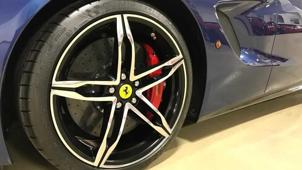 Hang hiem Ferrari F60 chay gan 200 km rao ban muc gia bi an hinh anh 4 4_F60.jpg