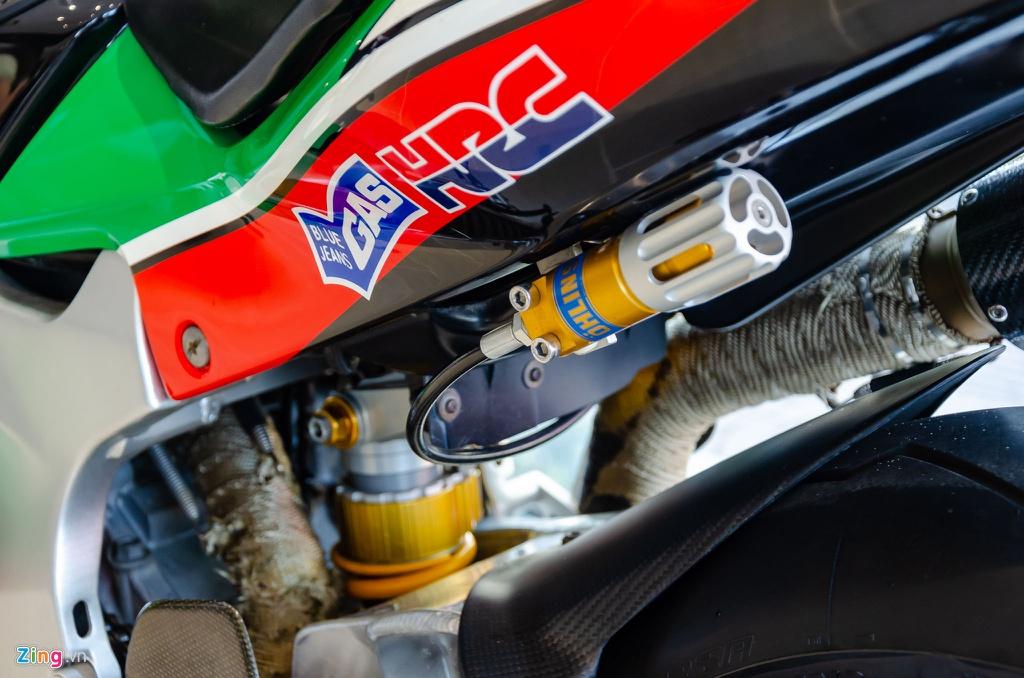 Chi tiet moto dua chay pho Honda VTR 1000 RC51 SP2 doc nhat VN hinh anh 14 Honda_VTR1000_SP2_Zing_11_.jpg