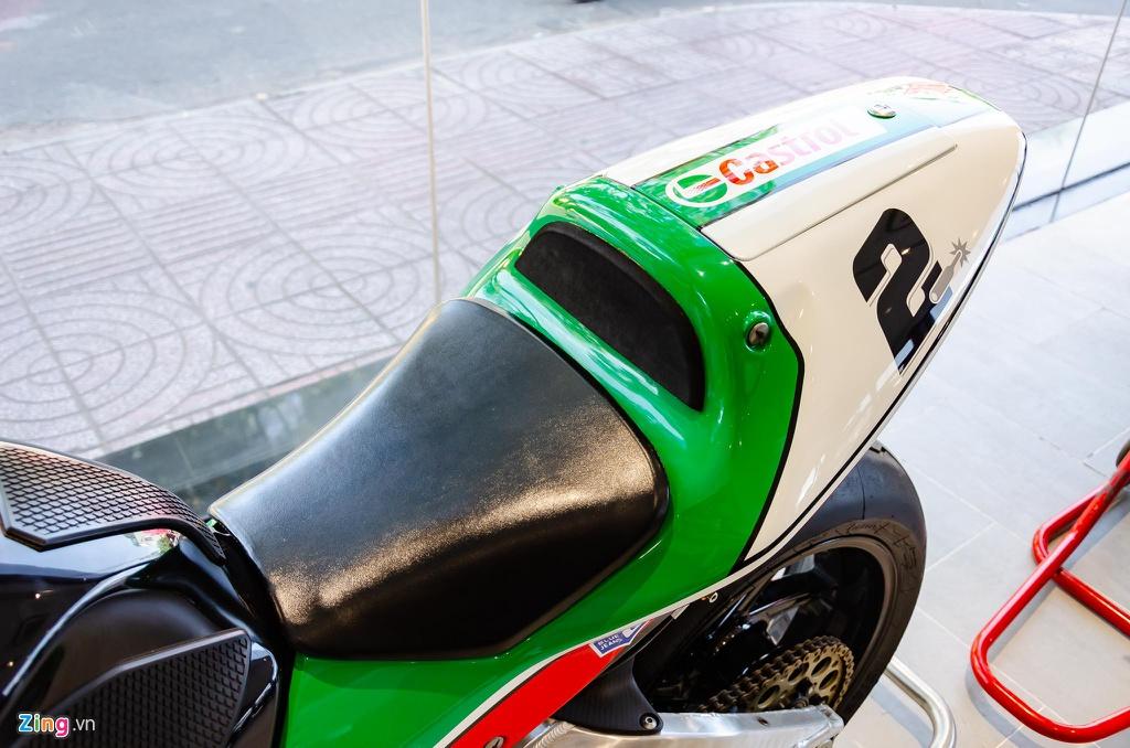 Chi tiet moto dua chay pho Honda VTR 1000 RC51 SP2 doc nhat VN hinh anh 5 Honda_VTR1000_SP2_Zing_14_.jpg