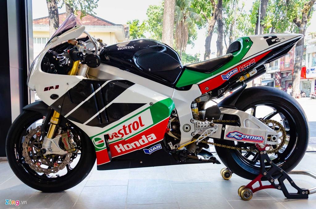 Chi tiet moto dua chay pho Honda VTR 1000 RC51 SP2 doc nhat VN hinh anh 16 Honda_VTR1000_SP2_Zing_5_.jpg