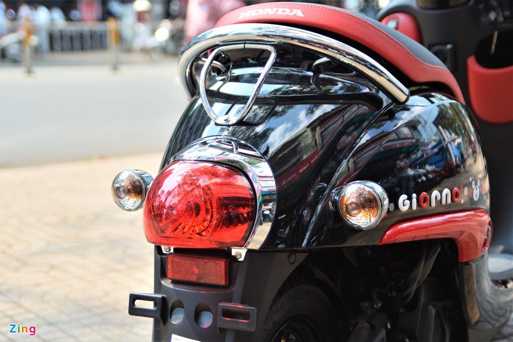 Nhung mau xe may dang ban tai Viet Nam chi di duoc mot nguoi hinh anh 15 14_Giorno_zing.jpg